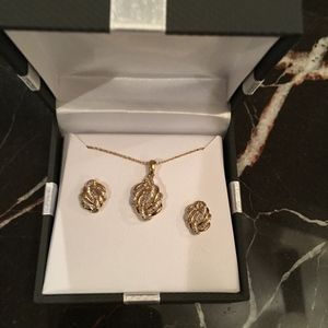 NEW 18K Gold and Sterling Silver Necklace Set